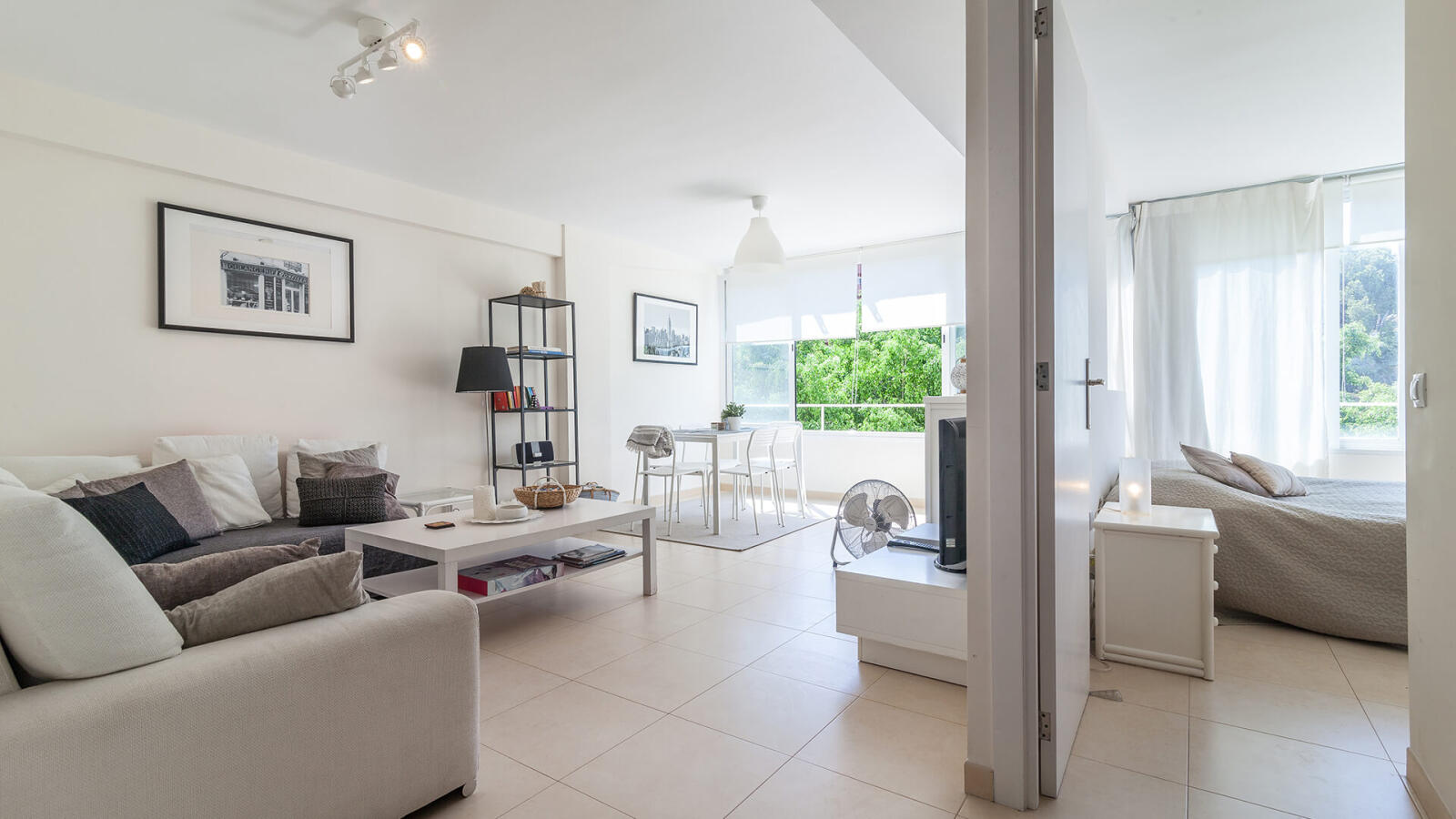 Bright Newly Renovated Apartment In Portals Nous